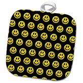 3dRose Russ Billington Patterns - Photo of Yellow Smiley Face Buttons Pattern - 8x8 Potholder (phl_220384_1)