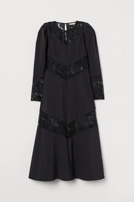 H&M Lace-trimmed dress