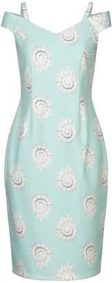 Casting Knee-length dresses