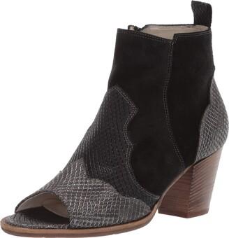 Amalfi by Rangoni Women's Concetta Fashion Boot