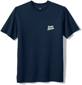 Tommy Bahama Men's Happy Grillmore Graphic Tee