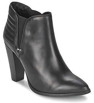 Koah YASMIN women's Low Boots in Black