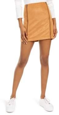 Love, Fire Juniors' Faux-Suede Zipper Mini Skirt
