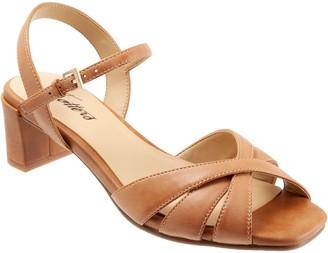Trotters Adjustable Leather Block Heel Sandals- Majesty