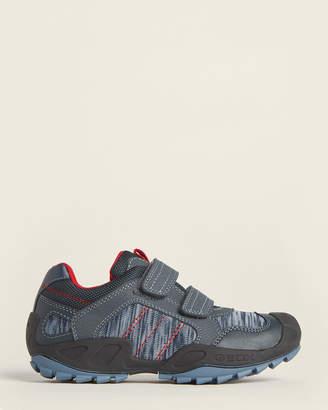 Geox Kids Boys) Navy & Red New Savage Low-Top Sneakers
