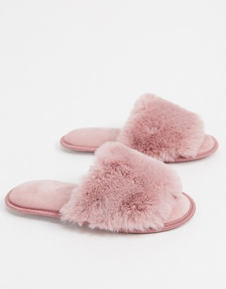 Loungeable fluffy slider slipper in pink