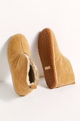 Minnetonka Tucson Slippers