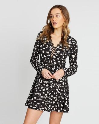 Missguided Floral Lace-Up Lace Hem Mini Dress