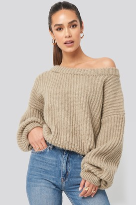 BEIGE Hannalicious X NA-KD Chunky Knitted Off Shoulder Sweater
