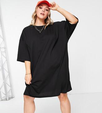 ASOS DESIGN Curve oversized t-shirt dress in black