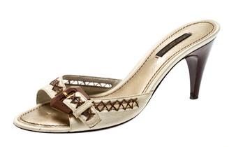 Louis Vuitton White Leather Buckle Kitten Heels Sandals Size 37.5