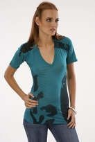 Monrow Stencil V-Neck in Holly