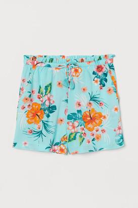 H&M Seersucker shorts