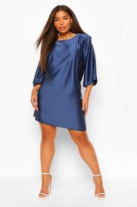 boohoo Plus Satin Shoulderpad 3/4 Sleeve Shift Dress