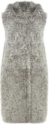 Gushlow & Cole Hooded Down Back Shearling Gilet