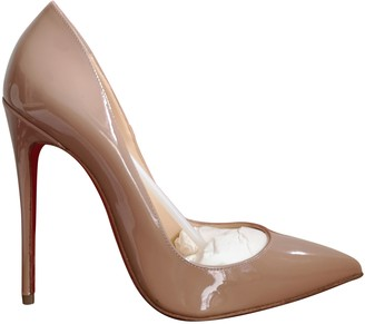Christian Louboutin So Kate Beige Patent leather Heels