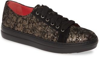 Pas De Rouge Dixie Metallic Low Top Sneaker