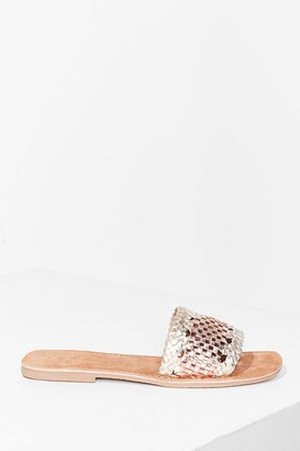 Nasty Gal Womens Woven You Long Time Metallic Flat Sandals - Gold