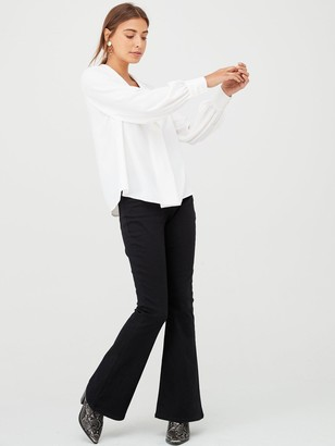 Very Shawl Collar Longline Blouse - Ivory