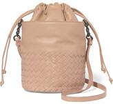 Bottega Veneta Intrecciato Leather Bucket Bag - Beige