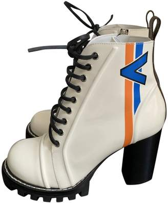 Louis Vuitton \N White Leather Ankle boots