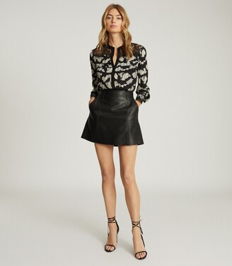 Reiss Ana - Printed Blouse With Lace Detailing in Black