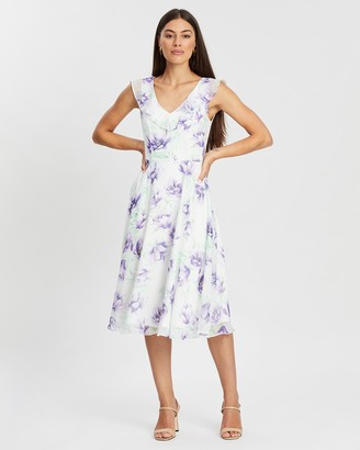 Review Beloved Floral Dress
