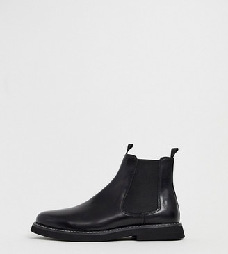 Asos DESIGN Wide Fit chelsea boots in black leather with chunky sole