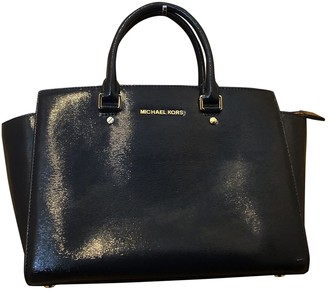 Michael Kors Selma Navy Patent leather Handbags