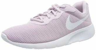 Nike Boys' Tanjun (GS) Running Shoe