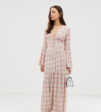 Glamorous Tall maxi tea dress with button front in grid check-White