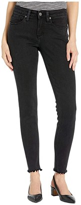 Silver Jeans Co. Avery High-Rise Curvy Fit Skinny Jeans L94116SBK590 (Black) Women's Jeans