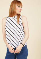Edgy Assuredness Sleeveless Top in L