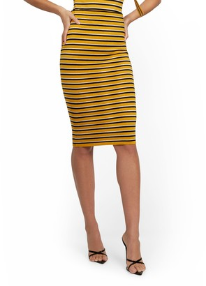 New York & Co. Gold Retro-Stripe Pencil Skirt