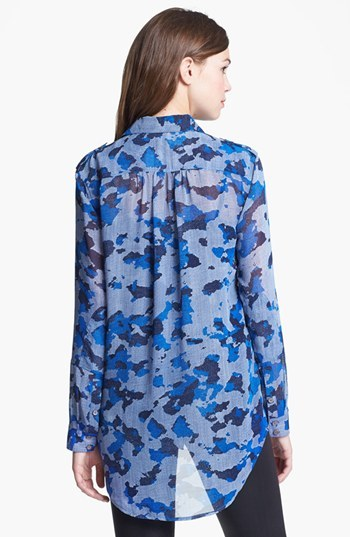 Vince Camuto Two by Two Pocket Print Tunic Shirt