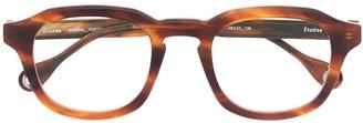 Études Minimal oval glasses