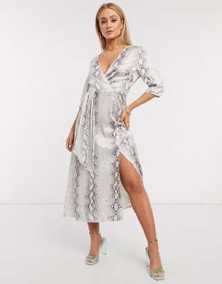 I SAW IT FIRST wrap midi dress in snake print