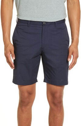 Theory Zaine Wave Slim Fit Shorts