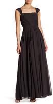Vera Wang Sleeveless Chiffon Gown