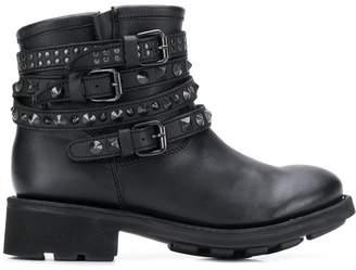 Ash Tatum boots