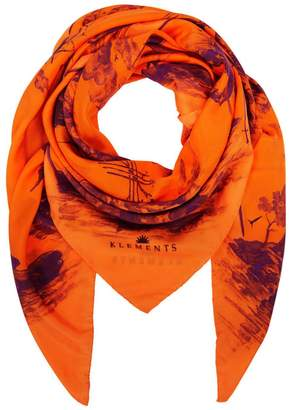 Klements Large Scarf In Doomed Voyage
