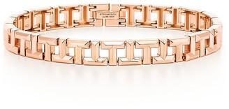 Tiffany & Co. T True narrow bracelet in 18k rose gold, small