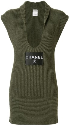 Chanel Pre Owned Cashmere Plunge-Neck Dress