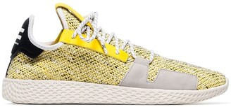 Adidas By Pharrell Williams yellow, white and grey x Pharrell Williams Solarhu V2 tennis sneakers