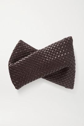 Bottega Veneta Twist Intrecciato Leather Clutch - Dark brown