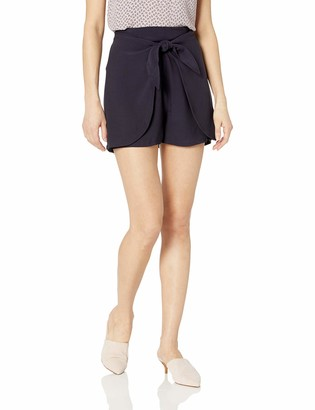 Cupcakes And Cashmere Women's Raven Satin Back wrap Short