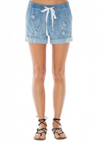 Bella Dahl Easy Pocket Destructed Short in Doheny Wash