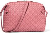 Bottega Veneta Messenger Small Intrecciato Leather Shoulder Bag - Antique rose