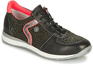 Catimini CISTUDE girls's Shoes (Trainers) in Black