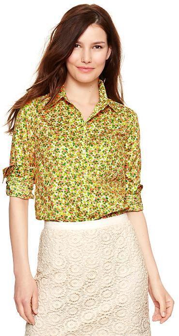 Gap Fitted boyfriend print shirt